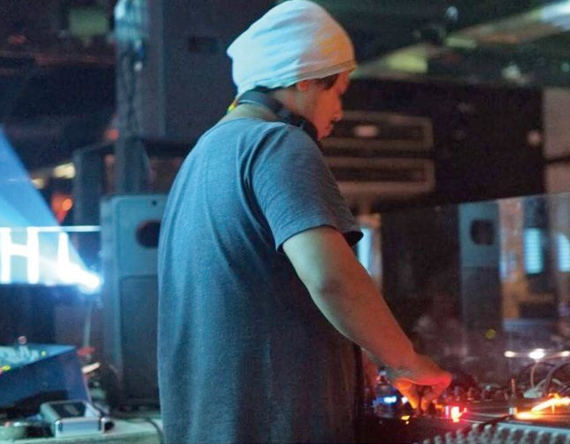 DJ HIKARU